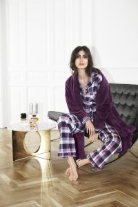 Missya AW18 08.01 4912 200x300 - Press - download AW18 lingerie nightwear